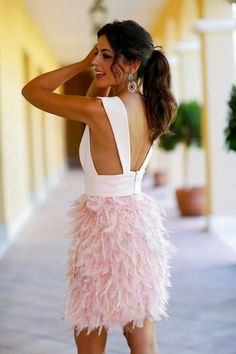 Feathers. Rosa. Light pink. Haute  couture. Cocktail. Dress for An event. Silvia navarro. 1 silla para mi bolso. Fw 14- 15. Oi 14-15
