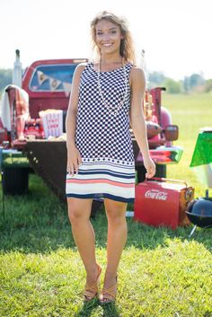 Check Yourself Dress, Navy - The Mint Julep Boutique