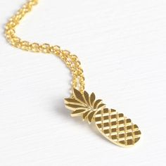 Lovely pineapple necklace