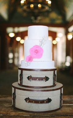 Wedding Cakes | Pink + Silver