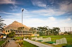 Read more about The River Club, their undercover bays and MOBILE APP http://www.dreamgolfjob.blogspot.com/2012/07/world-class-facility-in-cape-town.html