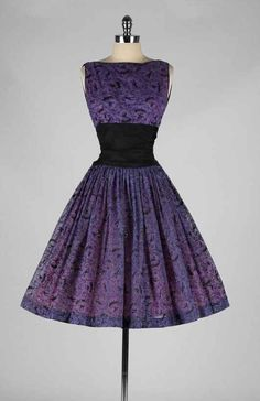 Betty draper style 50s 60s fit and flare dress