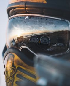 [credits: - I Love Motorrad Bobber, Ducati Scrambler, Harley Davidson, Porsche, Dramatic Photos, Boys Don't Cry, Its A Mans World, Moto Bike, Kustom Kulture