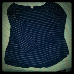 Blue & sparkle gold striped tshirt Navy blue with Gold sparkly stripes! Super cute with jeans or leggings! Scoop neck, 3/4 length sleeves, only worn a handful of times! GAP Tops Tees - Long Sleeve