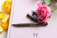 Clarins 3 Dot Liner in Limited Edition shade....