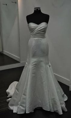 Jasmine 6: buy this dress for a fraction of the salon price on PreOwnedWeddingDresses.com