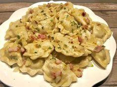 Pierogi z mięsem z rosołu - Blog z apetytem Polish Recipes, Polish Food, Smoking Meat, Tortellini, Dumplings, Potato Salad, Macaroni And Cheese, Cake Recipes, Food And Drink