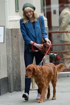 Emma Stone laughed while walking Andrew Garfield's dog in NYC on May 28.