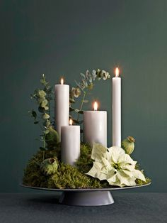 Christmas Advent Wreath, Noel Christmas, White Christmas, Christmas Crafts, Advent Wreaths, Christmas Tables, Nordic Christmas, Modern Christmas, Christmas Ideas