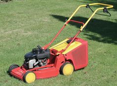 Getting Ready For Spring - Everything you wanted to know about stubborn lawn mowers which won't start (but were afraid to ask!) - Sorting out issues with the ignition system, fuel lines, and basic mower maintenance. Editor's Choice on HubPages. #gardening #gardentools #lawnmowers #lawns #lawnmaintenance