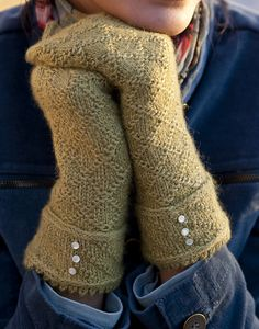 Ravelry: Cady Twisted-Stitch Mittens pattern by Kate Gagnon Osborn ..... would love to work this pattern into gloves. Love the wrist treatment too. Lovely AJ