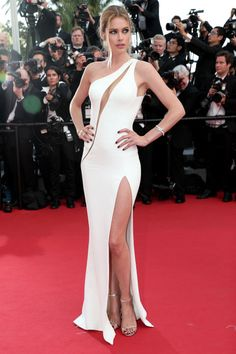 The best of the 2015 Cannes Film Festival red carpet: Doutzen Kroes in Atelier Versace.