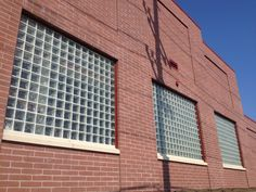 A building in Hackensack, Nj was being built with a requirement to have fire-rated material in the windows. They chose Pittsburgh Corning's fire-rated glass block over other fire-rated material like glass plate windows and the outcome looks great.