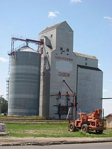 Former Saskatchewan Wheat Pool grain elevator on Saskatchewan Highway which runs through Oxbow. Close to my home town-drove through this town many times. O Canada, Canada Travel, Down On The Farm, Agriculture, Ontario, Grains, Elevator, Building, Roots