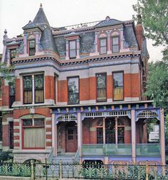 The Sassy Countess Historic Estates and Grand Lifestyles: Pink Houses, Mansions, and Castles