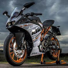 Motorcycle Tank, Moto Bike, My Dream Car, Dream Cars, Ktm Rc8, Ktm Rc 200, Ktm Duke 200, Duke Bike, Cool Pokemon Wallpapers