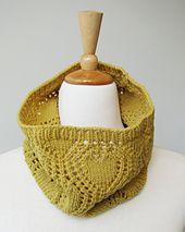 Ravelry: Sweet Valentine Cowl pattern by ambah