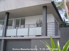 Aluminium & obscured glass balustrade with horizontal rails.jpg … - All About Balcony Veranda Railing, Glass Balcony Railing, Balcony Railing Design, Balcony Privacy, Deck Railings, Balcony Grill Design, Front Verandah, Metal Gates, Glass Balustrade