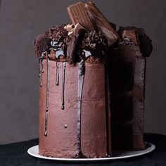 You read that correctly double chocolate crunch cake! visit soyummy com! chocolate crunch cake delicious creative cookies and delicious