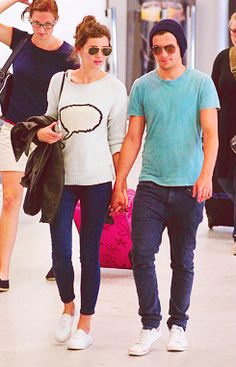 Lou and El in France :)