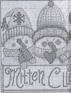 Xmas Cross Stitch, Cross Stitch Needles, Cross Stitch Charts, Cross Stitch Designs, Cross Stitching, Cross Stitch Embroidery, Cross Stitch Patterns, Beaded Cross, Christmas Cross