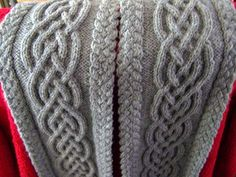 Celtic knot cable scarf. Free pattern.