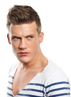 15 Best Haircuts For Guys With Round Faces Images Male Haircuts
