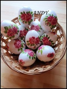 DECOUPAGE VAJÍČKA Egg Art, Decoration, Decoupage, Eggs, Halloween, Spring, Crafts, Food, Navidad