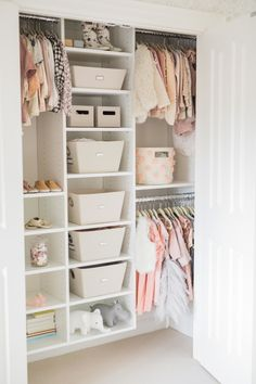 Inspiration for the Chicest of Toddler Rooms How to organize your kids room: www.stylemepretty Photography: Elza Photographie www.elzaphotograp The post Inspiration for the Chicest of Toddler Rooms appeared first on Toddlers Diy. Kid Closet, Closet Ideas, Wardrobe Closet, Playroom Closet, Girls Dream Closet, Loft Closet, Little Girl Closet, Girls Wardrobe, Big Girl Rooms