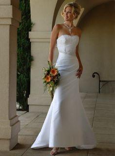 Schlicht Süßherz Modern Applikationen Satin Hochzeitskleid #Brautkleider #wedding dresses schoenebraut.com