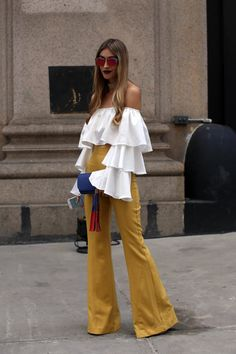 Off the shoulder white top with tiered ruffles #NYFW #StreetStyle