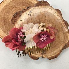 Peineta flores preservadas para novia