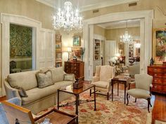 Tour An Historic Savannah Row House On Beautiful Monterey Square