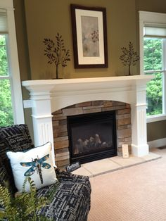 DONT LIKE THIS STONE On second thought, would rather not have the fireplace sit all the way on the ground, prefer a ledge / seating area Fireplace Redo, Fireplace Remodel, Living Room With Fireplace, Fireplace Design, My Living Room, Home And Living, Fireplace Brick, Bedroom Fireplace, Fireplace Ideas