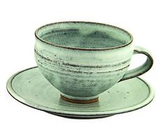 Love this glaze color and the simplicity of form here in this Gwyn Hanssen Piggott cup and saucer.