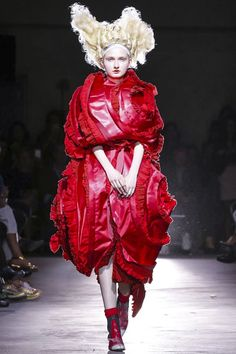Comme des Garcons Ready To Wear Spring Summer 2015 Paris
