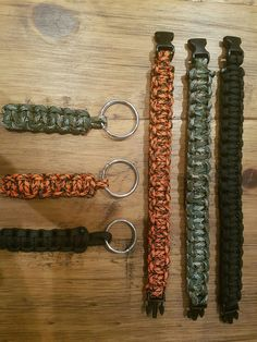 "Hi guys we are selling Brand new paracord bracelets made from, 550 paracord 7strand military grade. Come in 3 sizes dependant on wrists. 7"" =7ft of cord 8"" =8ft of cord 9"" =9ft of cord. Keyrings 31"" of cord 3 colours available at the minute Orange (tiger) Green (camo) Black (stealth) Keyring available aswell. Message me for info or fo too: http://www.ebay.co.uk/itm/132042923634"