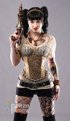 Meschantes Underbust Corset. looks like steampunk Abby Sciuto to me