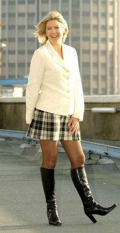 Penny Smith always looks good in boots. Tartan Mini Skirt, Plaid Dress, Sexy Skirt, Skirt Suit, Penny Smith, Photoshoot London, Short Skirts, Mini Skirts, Skirts With Boots
