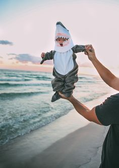 Can we please get an outfit like this for our baby and do a photo shoot at the beach??hehe...