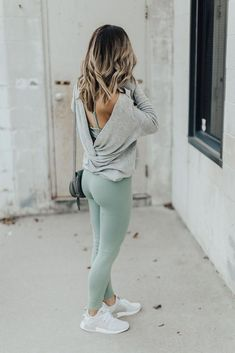sporty outfits for women athletic wear / sporty outfits ; sporty outfits for women ; sporty outfits for school ; sporty outfits for gym ; sporty outfits for women athletic wear ; sporty outfits for women casual Mode Outfits, Sport Outfits, Stylish Outfits, Fashion Outfits, Fashion 2015, Fashion Women, Party Fashion, Fashion Clothes, Casual Sporty Outfits