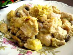 chicken, brown rice, and saffron