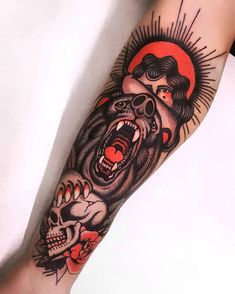 Search inspiration for an Old School tattoo. Dope Tattoos, Badass Tattoos, Body Art Tattoos, Tattoos For Guys, Tatoos, Tattoo Life, Traditional Bear Tattoo, Traditional Tattoo Old School, Tradional Tattoo