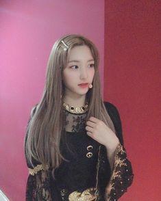 Yuehua Entertainment, Starship Entertainment, South Korean Girls, Korean Girl Groups, Bubblegum Pop, Xuan Yi, Cheng Xiao, K Pop Music, Cosmic Girls