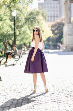 4 Nurturing Cool Tips: Womens Fashion Autumn Skirts womens dresses plus size work outfits.Womens Fashion White Offices womens fashion night out posts. Over 50 Womens Fashion, Fashion Tips For Women, Boho Fashion, Fashion Dresses, Fashion Trends, Fashion Ideas, Chanel Fashion, Fashion Night, Fashion Black