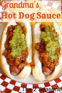 This delicious hot dog sauce recipe is the perfect topper for your hot dogs. It& tart, and sweet, and spicy, and takes a plain hot dog to a new level. Dog Recipes, Chili Recipes, Sauce Recipes, Cooking Recipes, Hot Dogs, Hot Dog Buns, Best Hot Dog Sauce Recipe, Hotdog Sauce Recipe, Hot Sauce