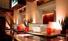 Wow, ein tolles Restaurant in New York... Wunderschön und sagenhaftes Ambiente: Rougetomatenyc.com