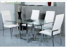 . Muebles cristino martinez poligono los cerros c/ herreria nave 55 ubeda (jaen) te ofrecemos esta mesa de cristal con patas cromadas de 140x90 las sillas se pueden hacer en blanco o negro. ven a nuestra tienda tenemos muchas ofertas y te ofrecemos financia
