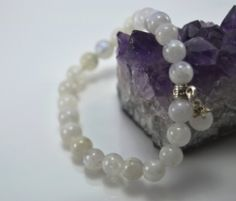 Aytaşı Bileklik Pearl Necklace, Jewelry Design, Pearls, String Of Pearls, Beaded Necklace, Beads, Pearl Necklaces, Beading, Pearl