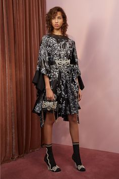 Fendi Resort 2018 collection by  Silvia Venturini Fendi and Karl Lagerfeld§